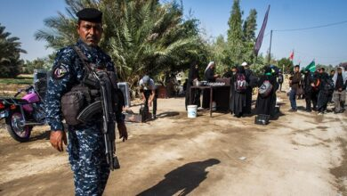 صورة زمره خلق الإرهابية تدخل عناصر لها لإثارة الخلافات في زيارة الأربعين