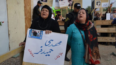 صورة اكد عائلة حميد فر الي محاولتهم حتي اطلاق سراح ابنهم