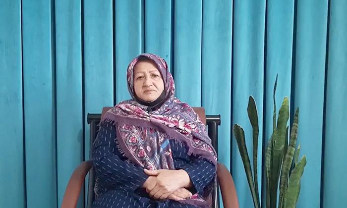 Fereydoun Parvaresh sister