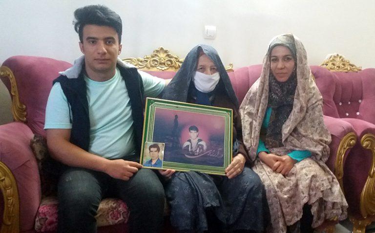 Gol Qiz Khalfi, the mother of Habibollah Ghasemi-zanjan