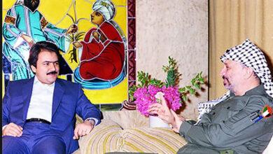 Photo of Massoud Rajavi and Yasser Arafat