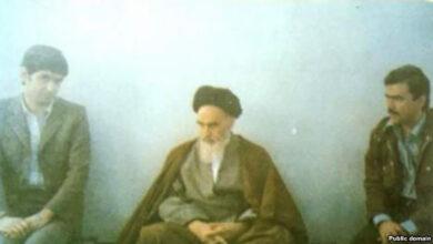 Photo of Massoud Rajavi met Ayatollah Khomeini