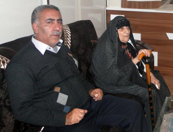 Ms. Asadi, the mother of Mohammad Reza Pourmehdi - Tabriz