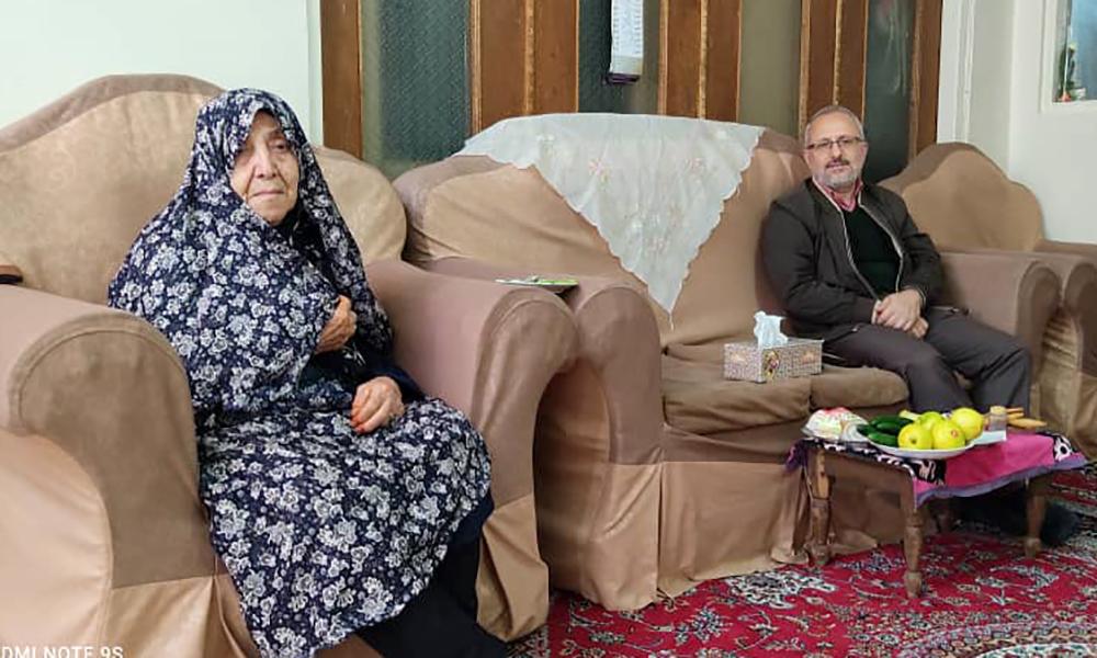 مادر محمدرضا اغاسی