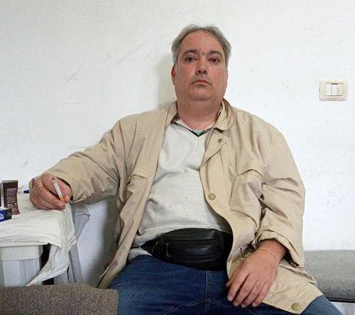 احسان بیدی عضو جدا شده از مجاهدین در آلبانی