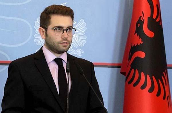 اندری فوگا مدیر ارتباطات نخست وزیر آلبانی