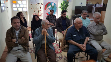 Photo of ارتباط تصویری خانواده های خوزستانی با اعضای جدا شده در آلبانی