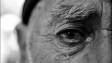 Photo of اندوه و بغض غریبانه در صدای لرزان پدر را تاب نیاوردم