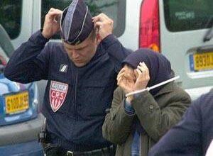 Photo of فرانسه مهد آزادی، پناهگاه سران تروریست فرقه