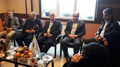 Photo of حضور خانواده های دردمند و چشم انتظار گیلک در دفتر انجمن نجات- جلسه اول