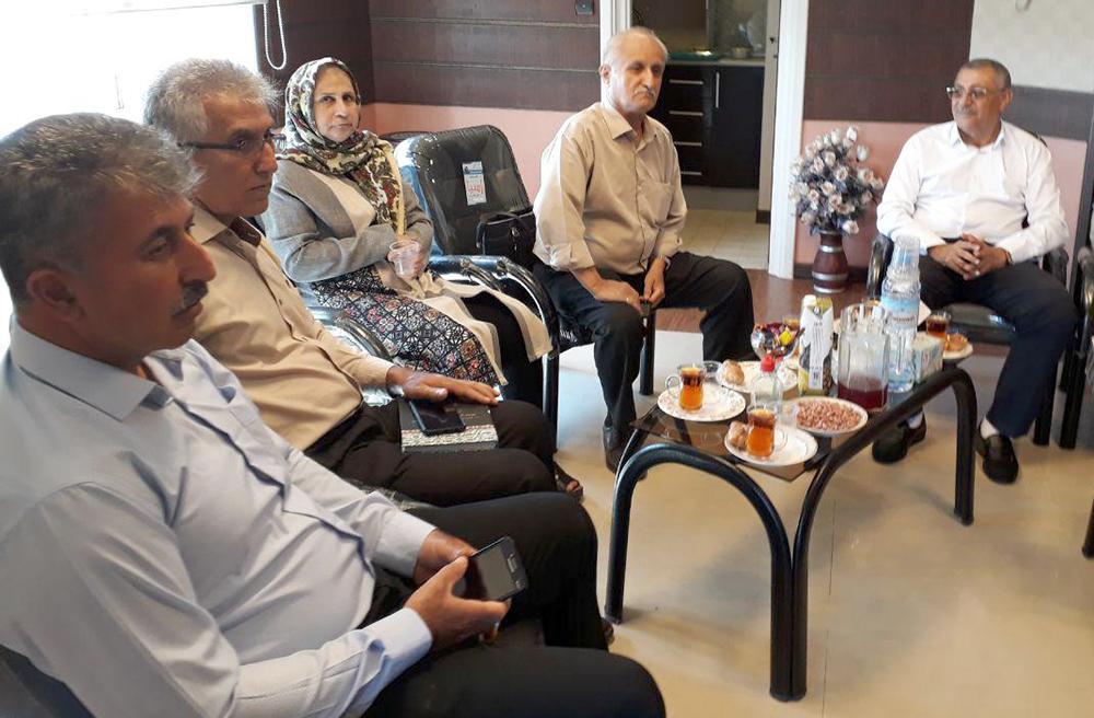 دیدار صمیمی انجمن نجات با شماری از خانواده های چشم انتظار گیلان