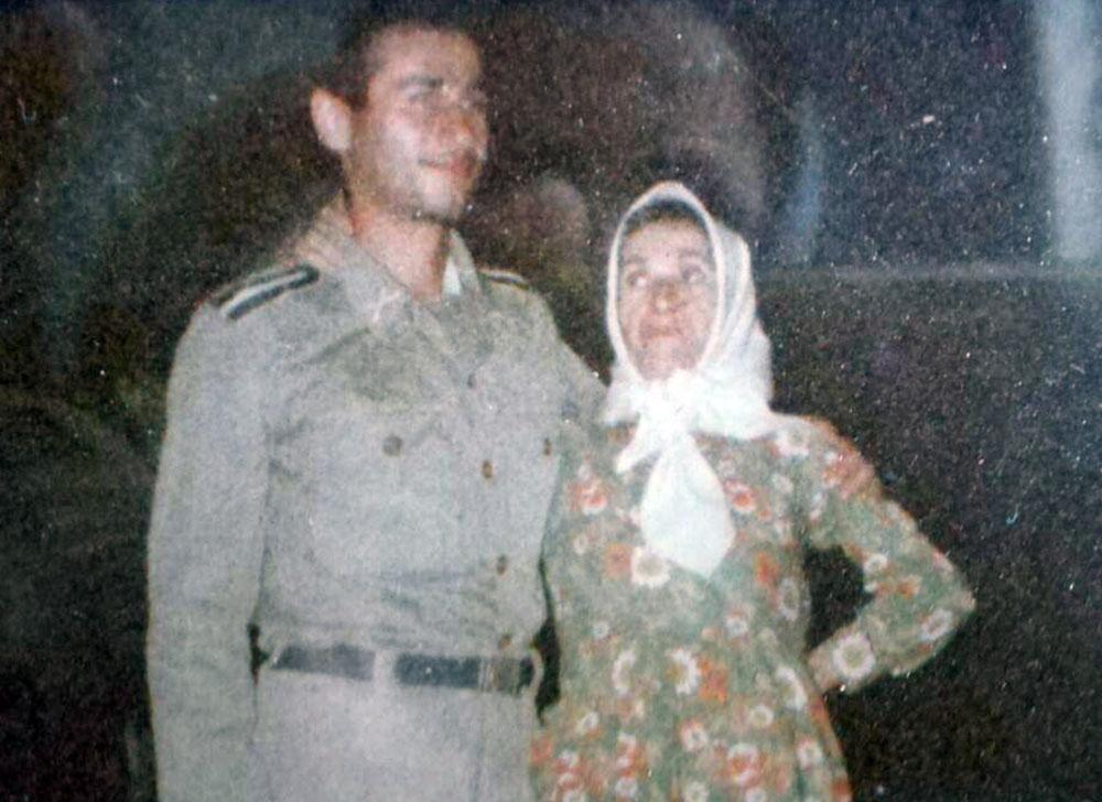 مادر علی اصغر حاتم