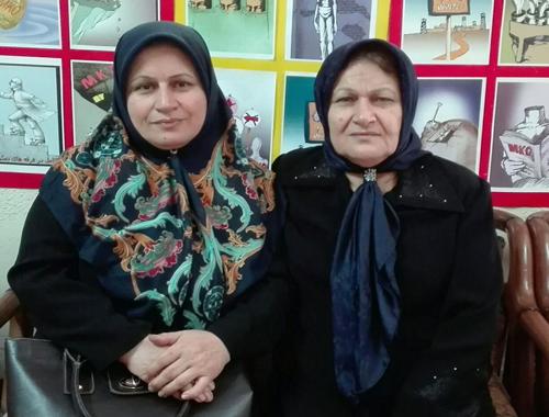 کبری و مرضیه حسینی از خواهران زهرا حسینی