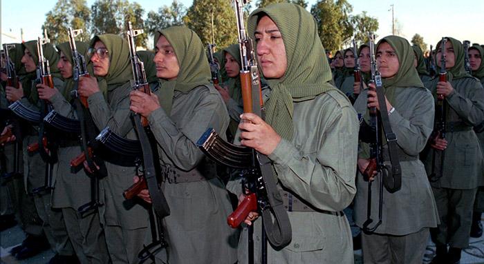 زنان مسلح فرقه مجاهدین
