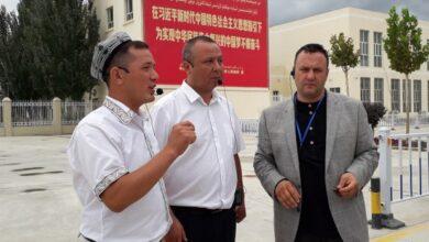 تصویر رهبر تروریست سازمان مجاهدین خلق، روزنامه نگاران آلبانیایی را تهدید می کند