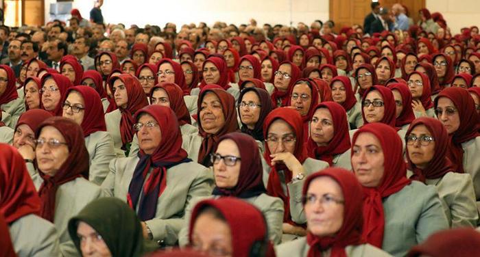 رهبر سازمان مجاهدین: زن ها فتنه هستند