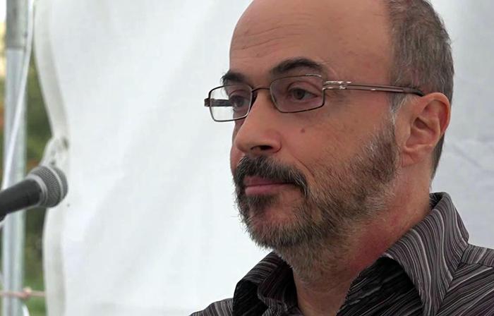 رابرت فانتینا، نویسنده و فعال حقوق بشر آمریکایی