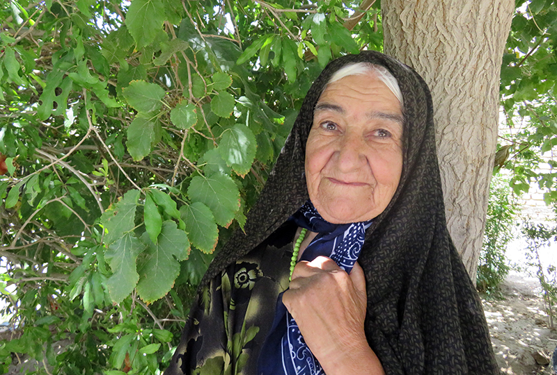 مادر یکی از اعضای سازمان مجاهدین بنام محمد زارع زاده بغداد آبادی