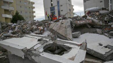 Photo of Vdesin disa anëtarë të MEK gjatë tërmetit në Shqipëri