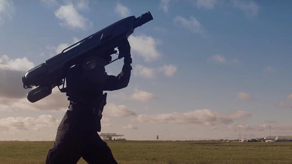 gun - terror -mek - Albania